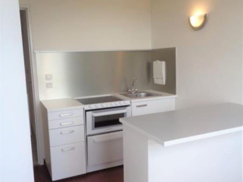 Vente appartement Fontenay le fleury 153000€ - Photo 2