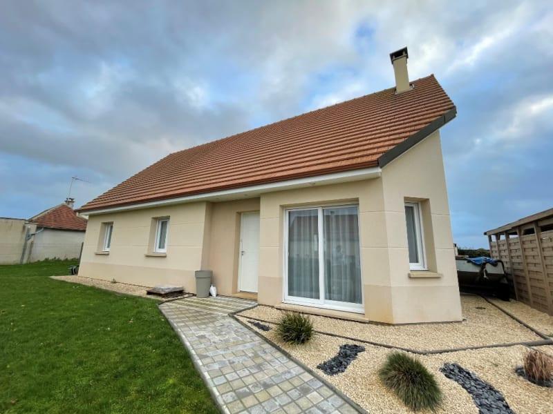 Sale house / villa Saint clair sur epte 255000€ - Picture 1