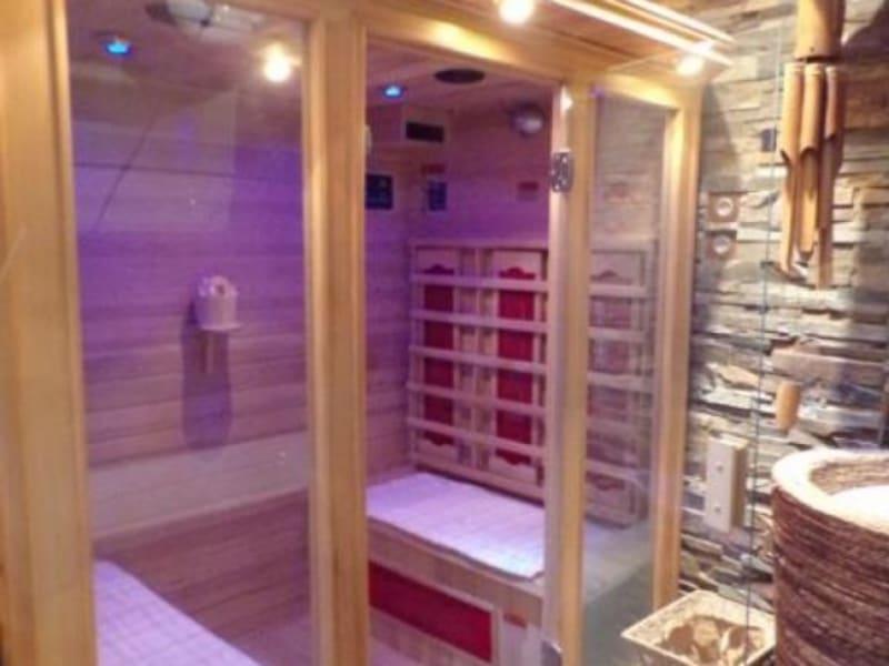 Sale house / villa Montigny le bretonneux 530400€ - Picture 5