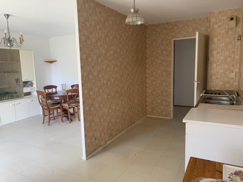 Sale apartment Eguilles 265000€ - Picture 4
