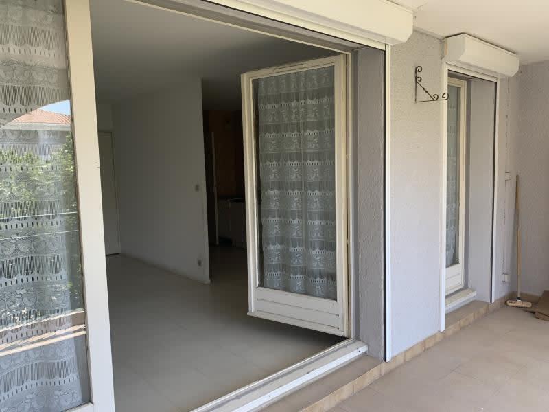 Sale apartment Eguilles 265000€ - Picture 5