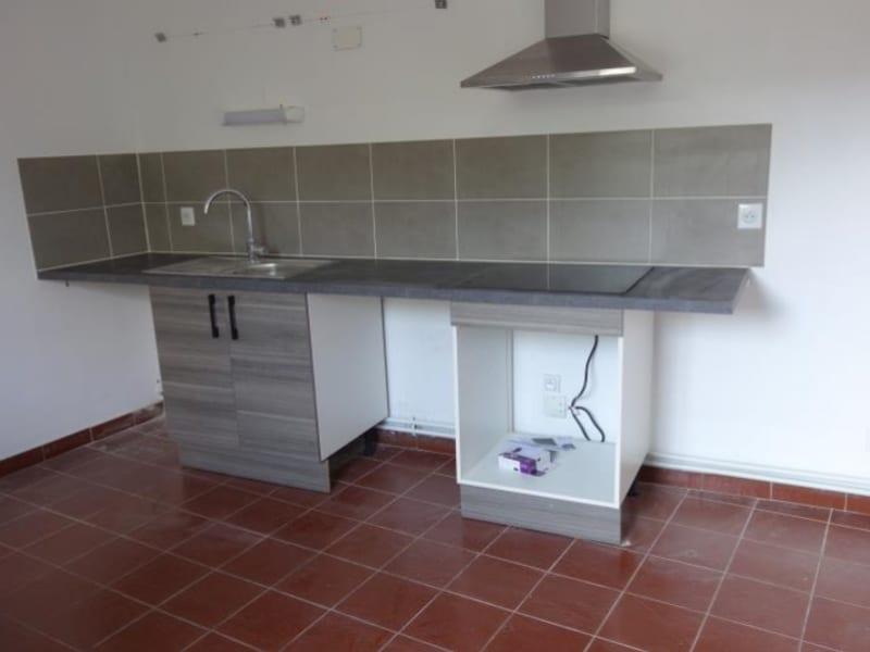 Rental house / villa Perreux 710€ CC - Picture 2