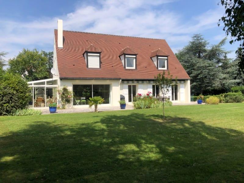Sale house / villa Saint germain en laye 1920000€ - Picture 1