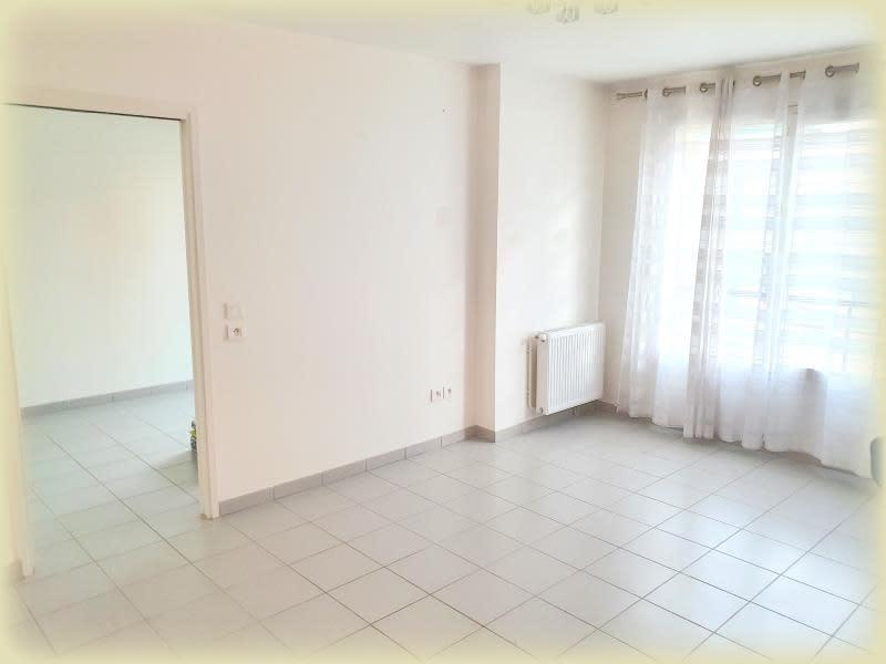 Sale apartment Livry gargan 230000€ - Picture 3