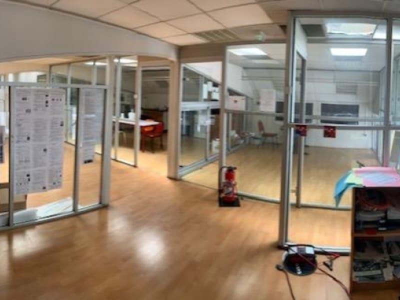 Rental empty room/storage Garches 16166,67€ HC - Picture 5