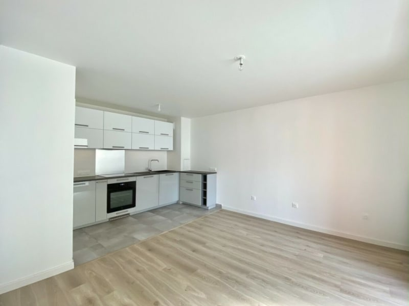 Rental apartment Bois-colombes 940€ CC - Picture 2