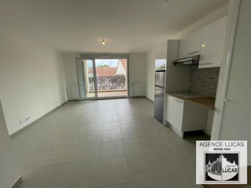 Rental apartment Savigny sur orge 970€ CC - Picture 3