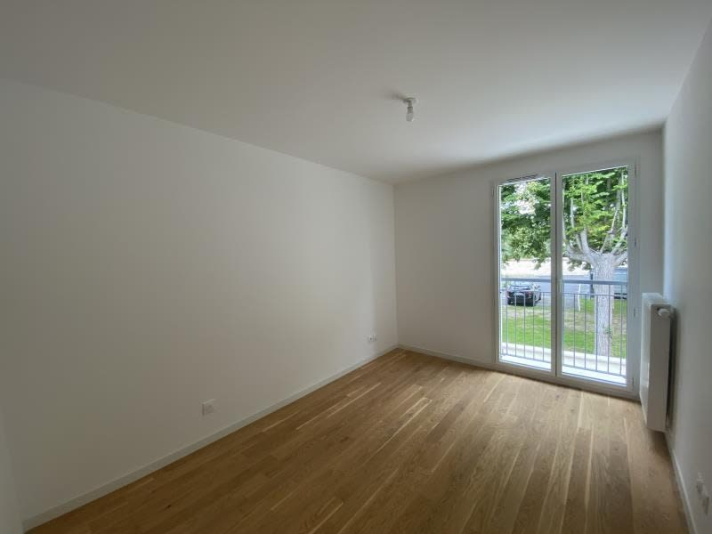 Sale apartment Le mesnil le roi 380000€ - Picture 3
