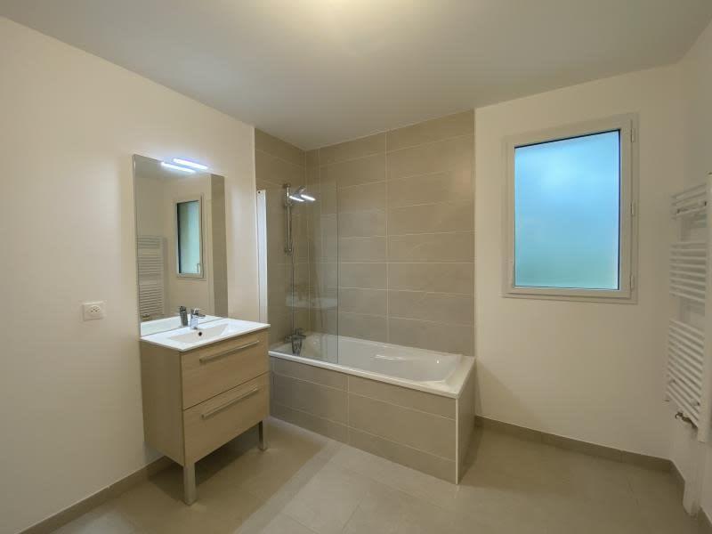 Sale apartment Le mesnil le roi 419000€ - Picture 4