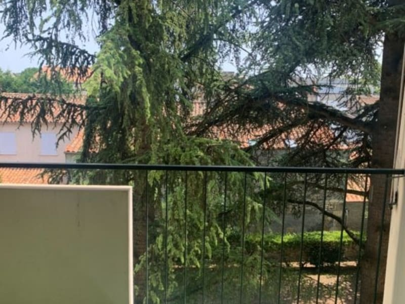 Location appartement Cognac 576€ CC - Photo 3
