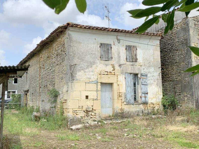 Vente maison / villa Burie 52560€ - Photo 12