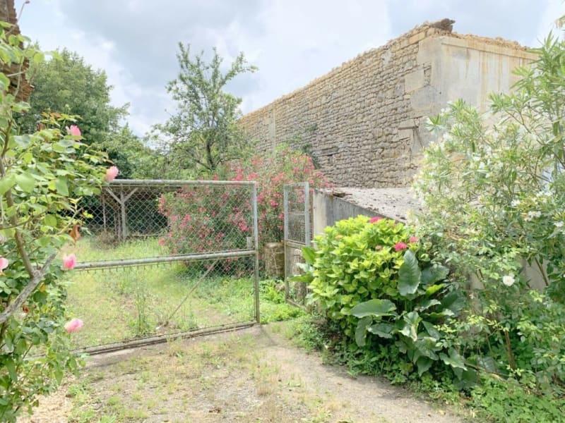 Vente maison / villa Burie 52560€ - Photo 15