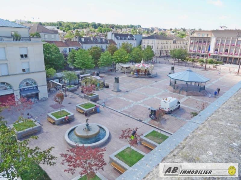 Location appartement Poissy 580€ CC - Photo 3