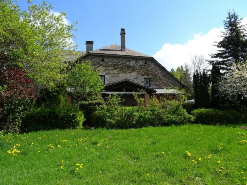 Sale house / villa Menthonnex-en-bornes 950000€ - Picture 1