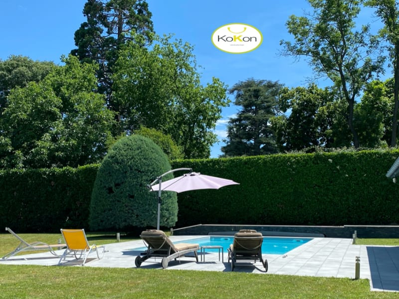 Deluxe sale house / villa Charly 1240000€ - Picture 1