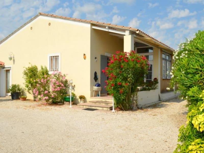Sale house / villa Entraigues sur la sorgue 390000€ - Picture 1