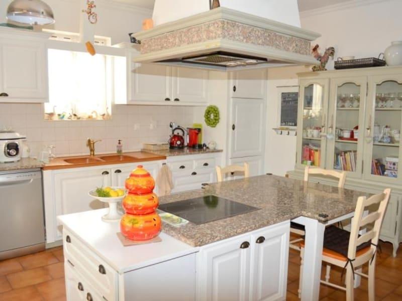 Sale house / villa Entraigues sur la sorgue 390000€ - Picture 4