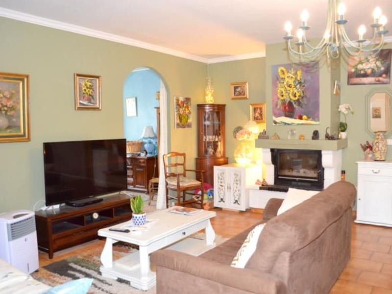 Sale house / villa Entraigues sur la sorgue 390000€ - Picture 5