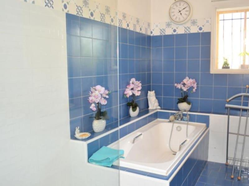 Sale house / villa Entraigues sur la sorgue 390000€ - Picture 10