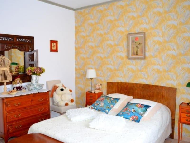 Sale house / villa Entraigues sur la sorgue 390000€ - Picture 12
