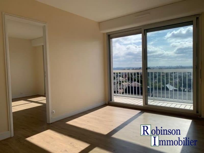 Rental apartment Le plessis-robinson 1042€ CC - Picture 3