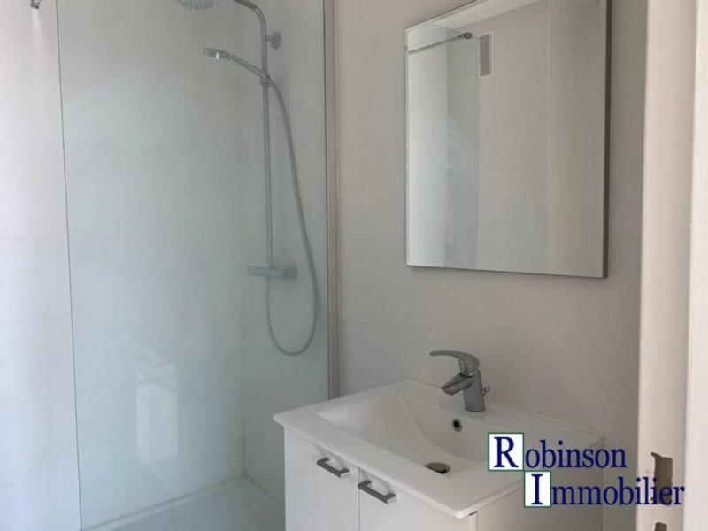 Rental apartment Le plessis-robinson 1042€ CC - Picture 5