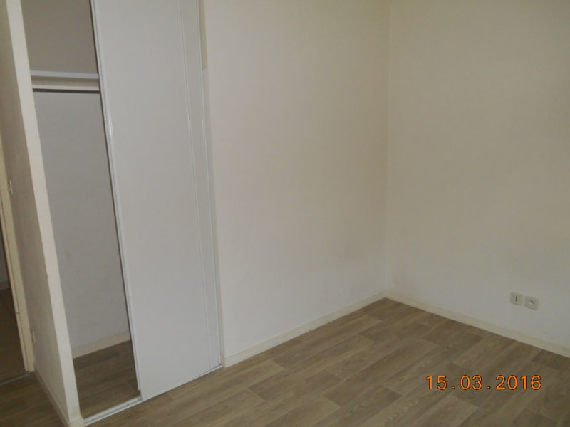 Rental apartment Saint quentin 465€ CC - Picture 7