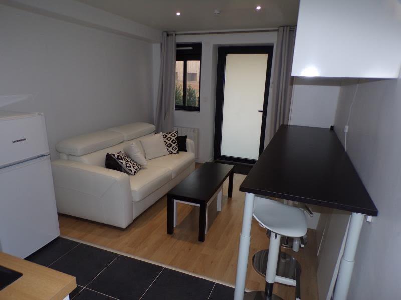 Rental apartment Magny les hameaux 690€ CC - Picture 4