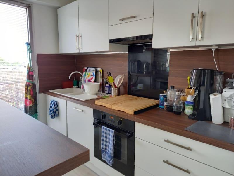 Rental apartment Poissy 930€ CC - Picture 3