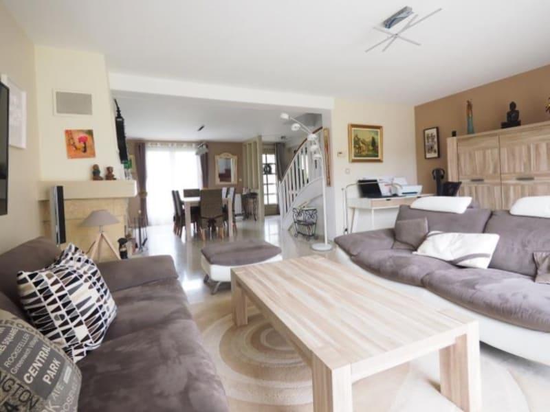 Sale house / villa Bois d arcy 590000€ - Picture 1