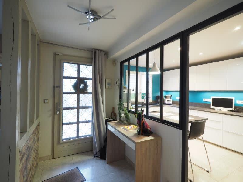 Sale house / villa Bois d arcy 590000€ - Picture 2