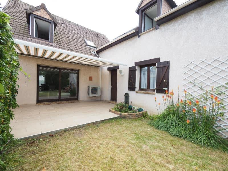 Sale house / villa Bois d arcy 590000€ - Picture 4