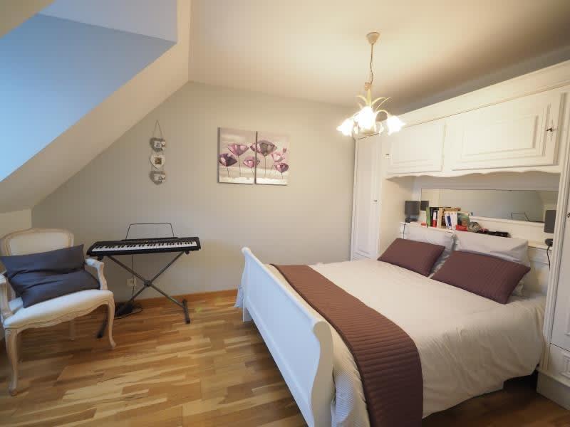 Sale house / villa Bois d arcy 590000€ - Picture 5