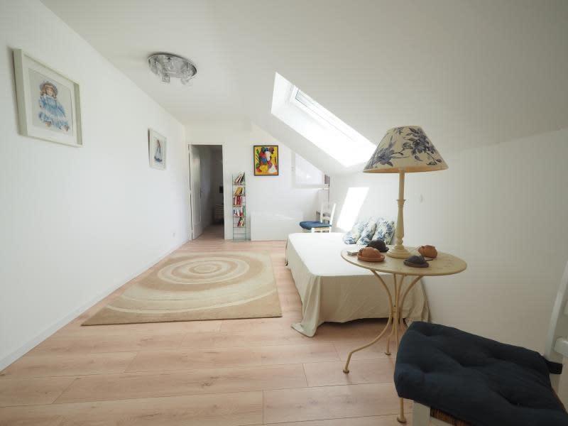 Sale house / villa Bois d arcy 590000€ - Picture 10