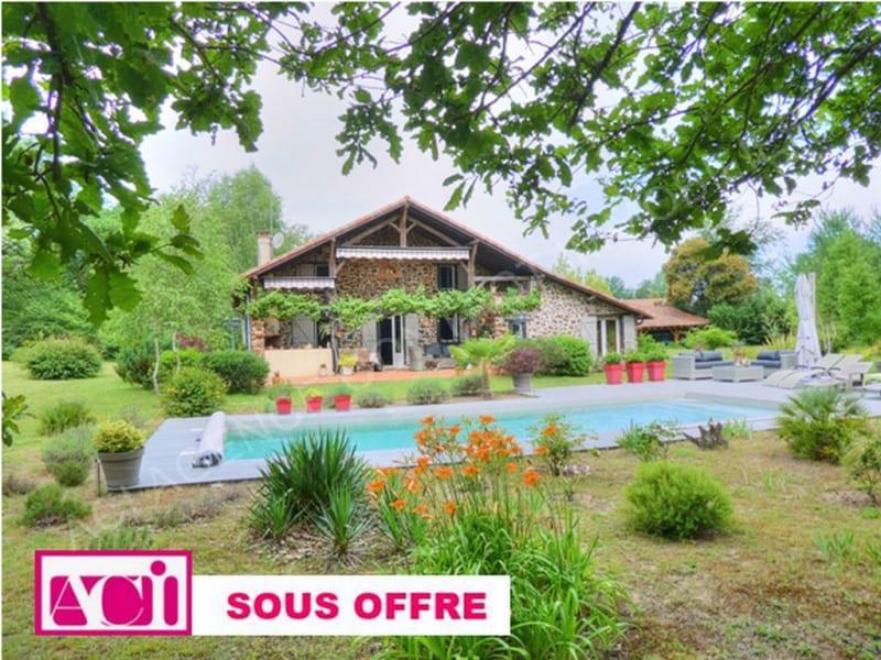 Sale house / villa Barbotan les thermes 400000€ - Picture 1