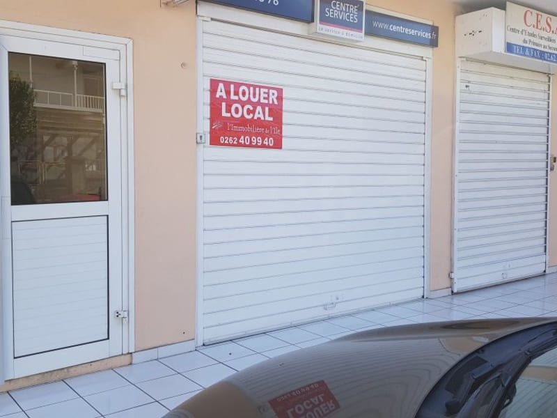 Location local commercial St denis 810€ HC - Photo 1