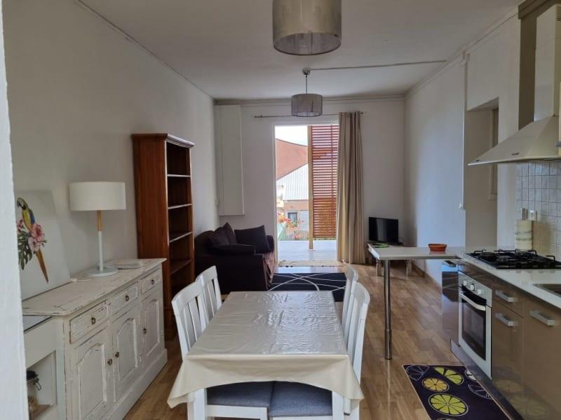 Location maison / villa St denis 990€ CC - Photo 5