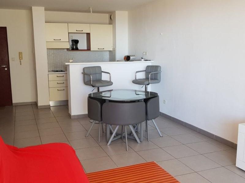 Location appartement Ste clotilde 725€ CC - Photo 3