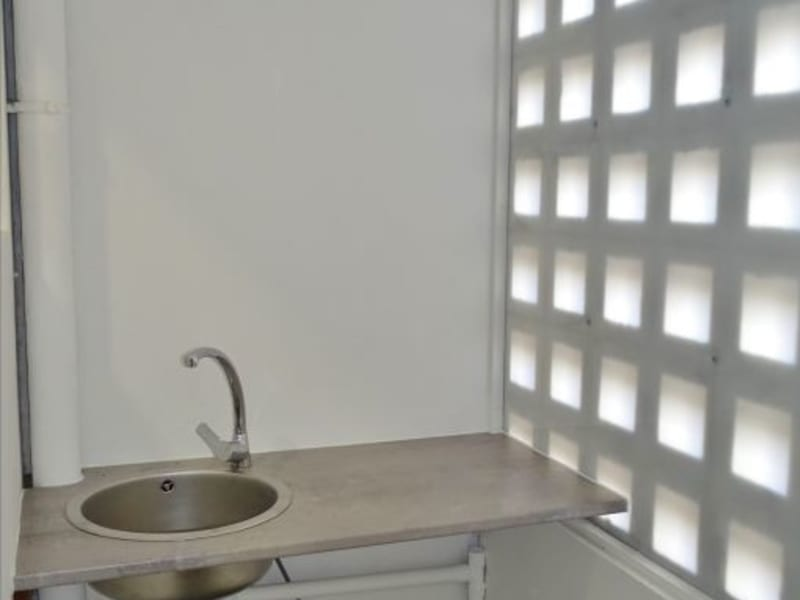 Rental empty room/storage Saint denis 1210€ HC - Picture 5