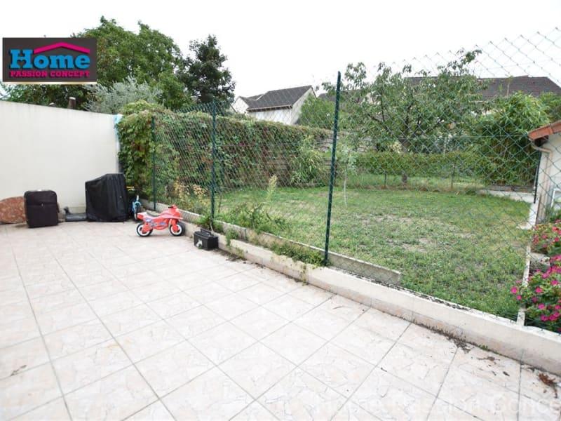 Location appartement Nanterre 914€ CC - Photo 1