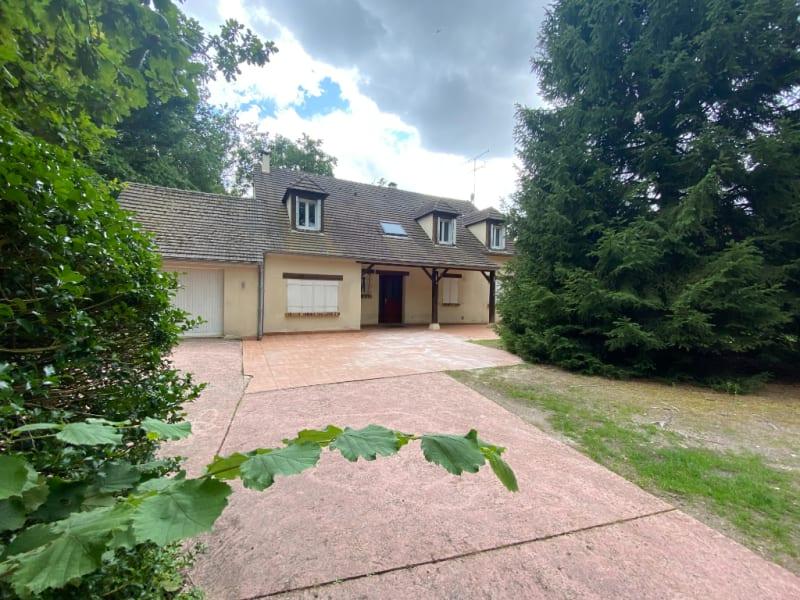 Sale house / villa Lamorlaye 790000€ - Picture 1