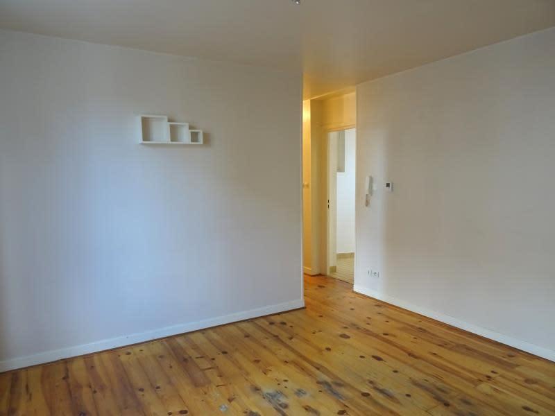 Rental apartment Riorges 370€ CC - Picture 3