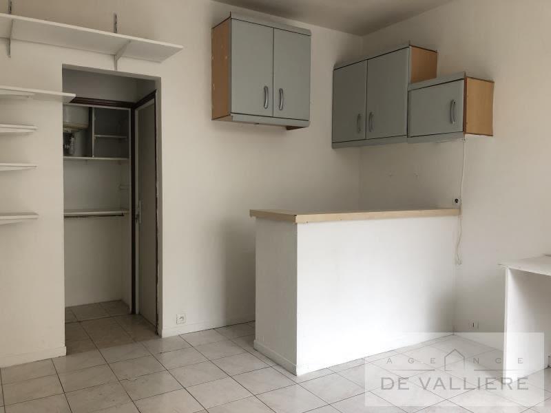 Sale apartment Rueil malmaison 215000€ - Picture 2