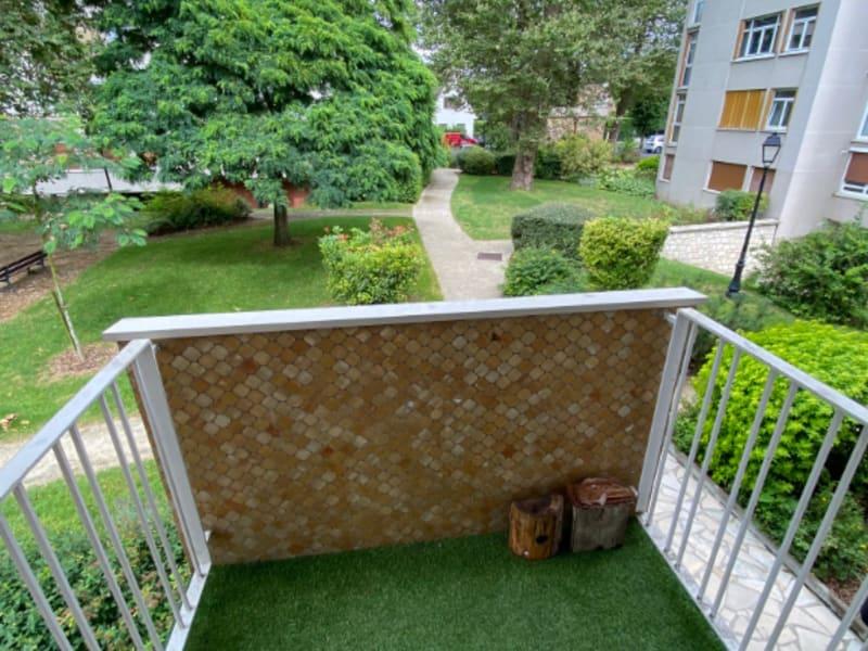 Rental apartment Maisons laffitte 1240€ CC - Picture 2