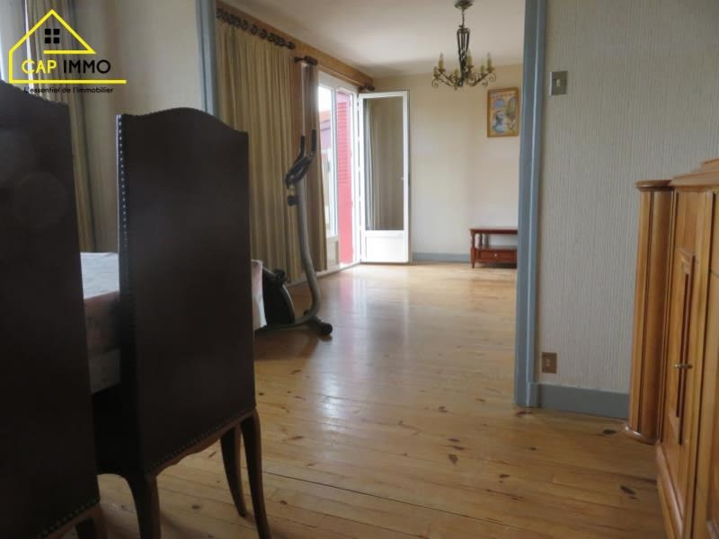 Sale house / villa Decines charpieu 460000€ - Picture 5