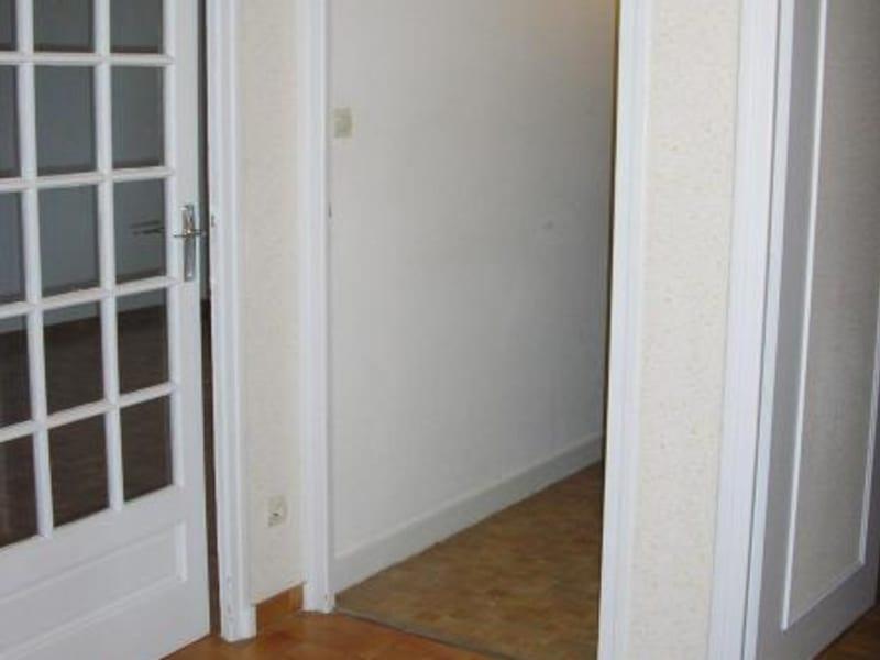 Rental apartment Maillat 587€ CC - Picture 3