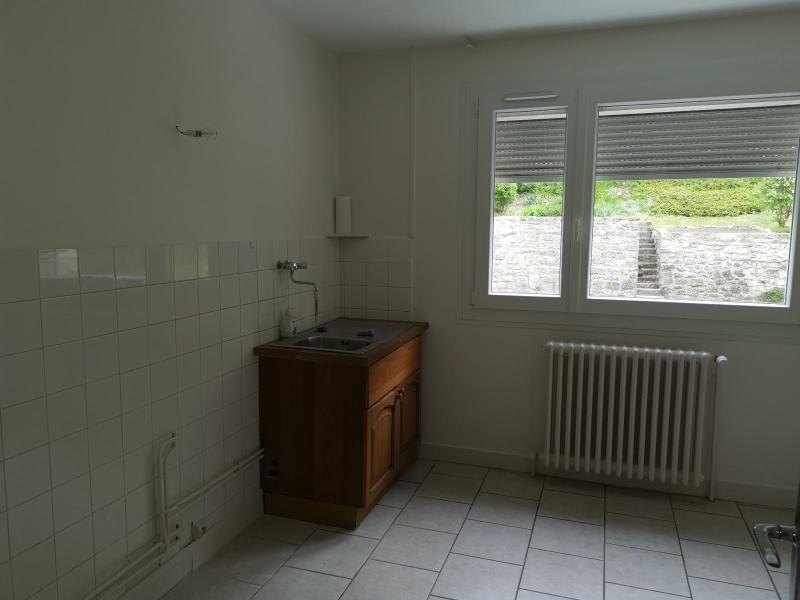 Rental apartment Nantua 520€ CC - Picture 2