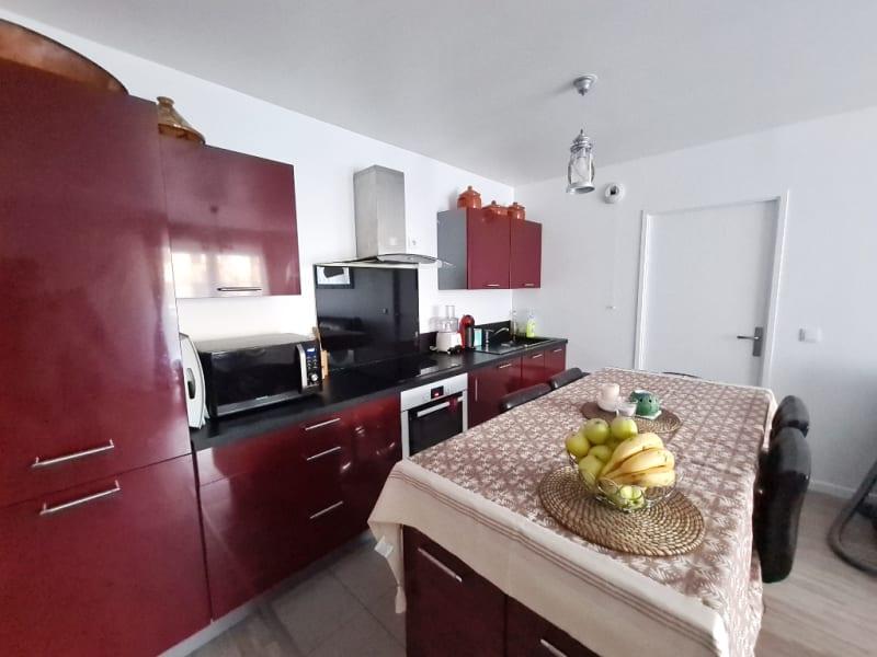 Sale apartment Pontoise 237000€ - Picture 3