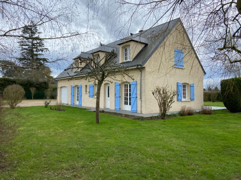 Sale house / villa Gisors 330600€ - Picture 1