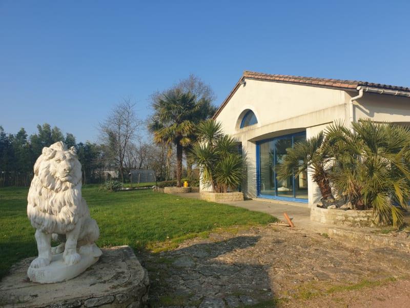 Vente de prestige maison / villa Azay le brule 465000€ - Photo 11